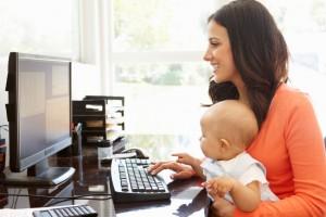trabajar-en-casa-con-bebe
