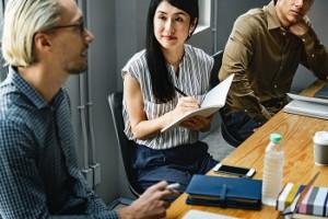 formas de generosidad hacia los empleados-aprender a escuchar